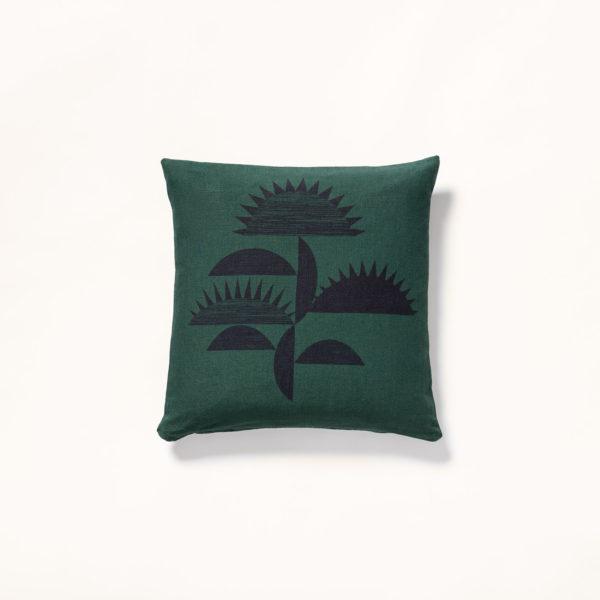 coussin vert motif fleur fabriqué en france