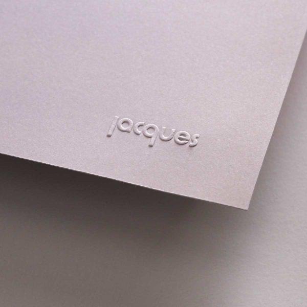 gaufrage jacques sur papier d'art grege